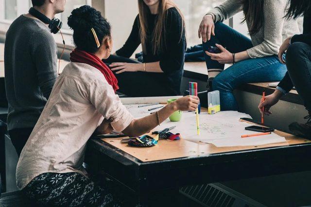 Étudiants : conseils pour réussir ses études et sa vie d'étudiant