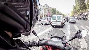 Moto taxi, la solution «anti-stress» pour se déplacer en ville