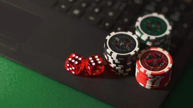 Tout savoir sur les casinos en ligne