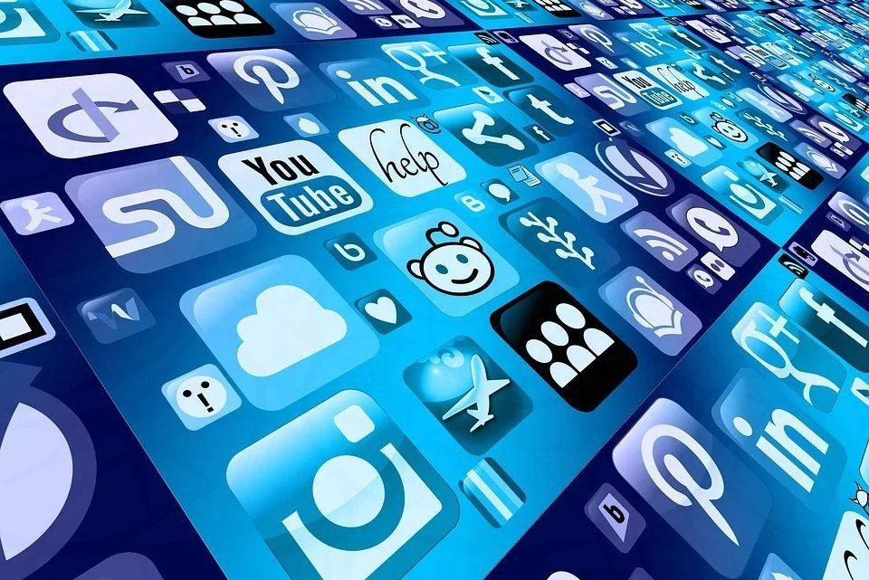 Entreprises : quels sont les avantages des réseaux sociaux ?