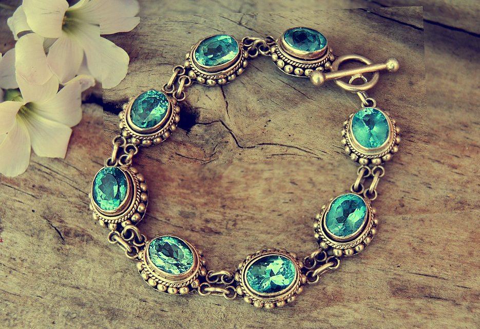 Des bracelets en pierres naturelles : des bijoux tendance en toute occasion ?