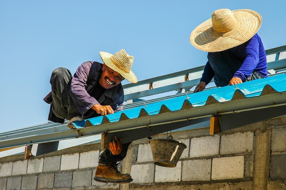 Réparation de toiture : comment faire pour trouver un artisan couvreur ?