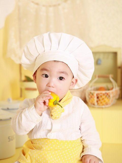 Comment apprendre à votre enfant à cuisiner ?