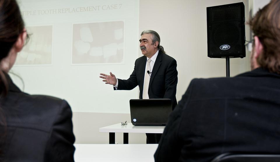 Réussir une présentation en public : les astuces